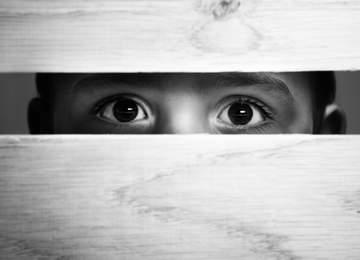 çocuk istismarı