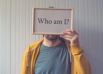 ben kimim?