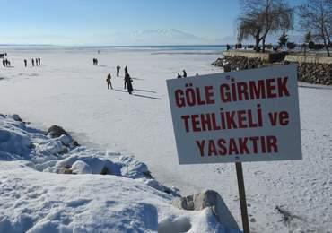 Göle girmek yasaktır