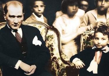 Mustafa Kemal ve bir çocuk