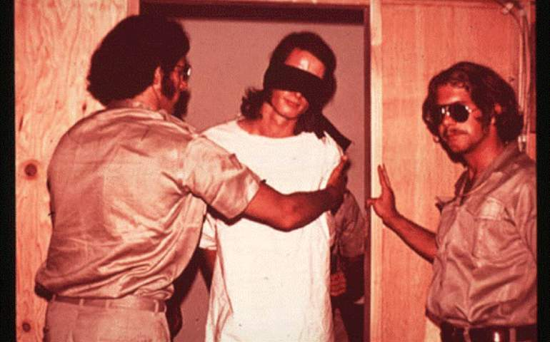 Stanford hapishanesi deneyi mahkümu