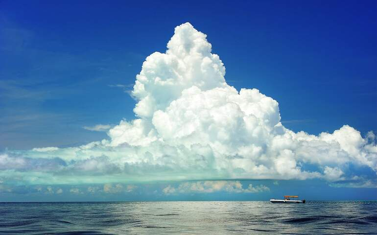deniz ve gökyüzü
