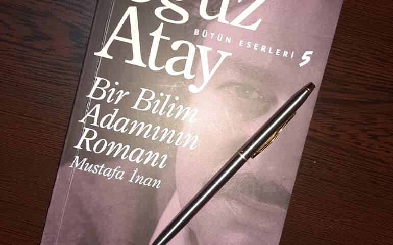 Oğuz Atay, bir bilim adamının romanı kitabı kapağı