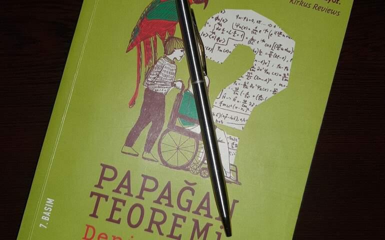 Denis Guedj - Papağan Teoremi